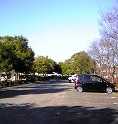 公園の駐車場