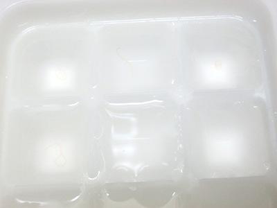 冷凍実験(製氷皿)